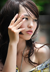 D003 (TA.D) Tags: portrait girl beautiful beauty smile nikon asia dress vietnam tad hcm saigon hochiminhcity hcmc hochiminh chandung d700