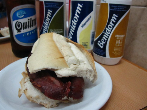 choripan,Quilmes and condiments