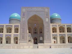 Monumento em Bukhara, Uzbequistão