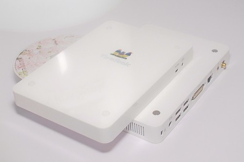 3767512709 b215d9000d Viewsonics ION based nettops look pretty sleek