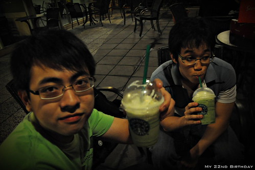 Starbucks chilling 4