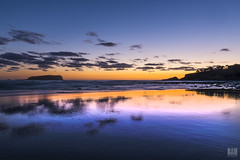 Liquid mirror (BAN - photography) Tags: ocean sea clouds sunrise reflections island dawn rocks waves shore bluehour beachfront daybreak headland cookisland fingalheads