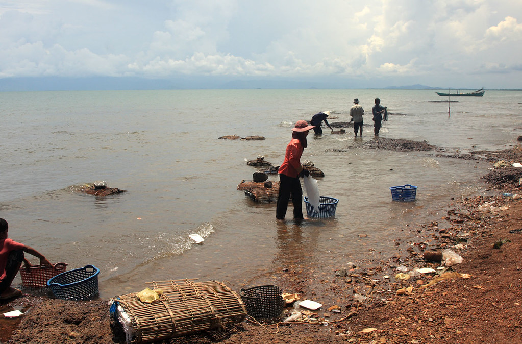 Kep, around Crab Market