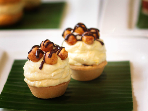 Durian & Crunchy Hazelnut Tartlet