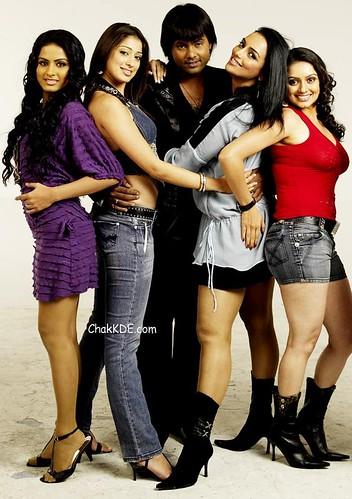 still photo from the Tamil movie Naan Avanillai 2
