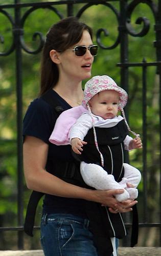Jennifer Garners Seraphina wears Magnolia Baby