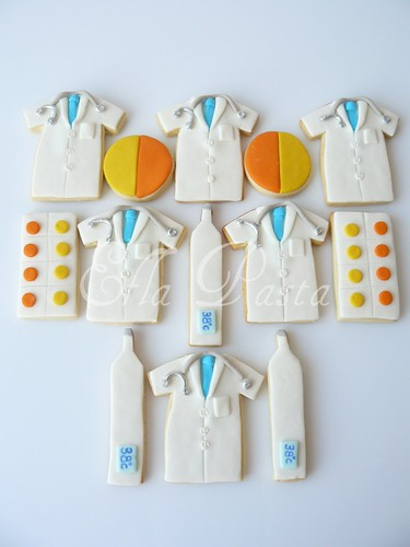 doctor cookies set