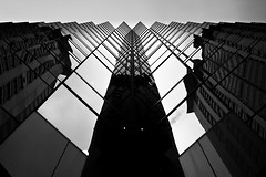 Reflects on a building, Hong Kong, China (Mikeisfree) Tags: china building hongkong chine colonie britannique heunggong versleciel mickaëlberteloot portauxparfums xinggng