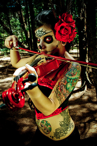 photoshoot puertorico makeup tattoos violin bosque fotos disfraz mujeres
