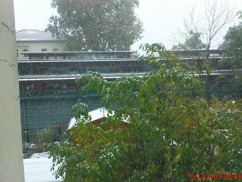 Heute hinterm Haus: Vorgeschmack auf den Winter mitten im Oktober.