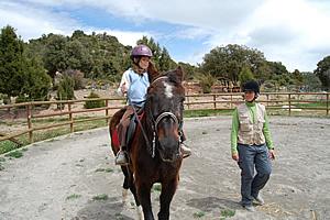 Montar a caballo, especial niños