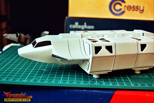 V-La miniserie - Diorama Hangar Nave Nodriza (4)