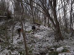 冬道を登る