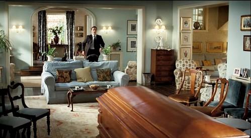 deathatafuneral_livingroom_entry