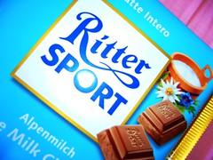 Ritter Sport (Gabriela Andrea Silva Hormazabal) Tags: sport chocolate leche ritter
