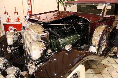 V12 Packard