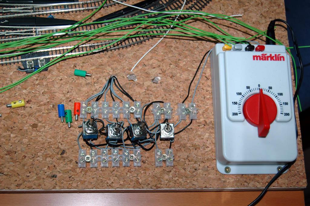 Mi circuito de pruebas pemanente... 120x60cm 3666973227_878e391f63_o