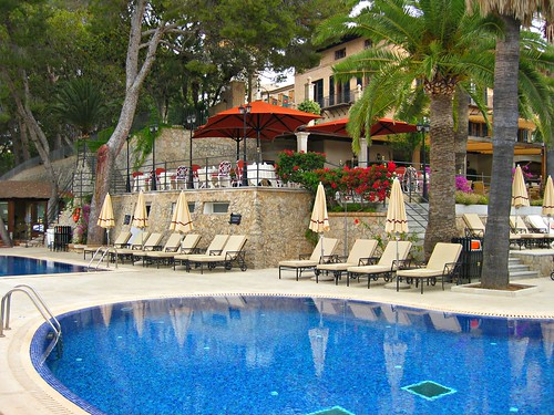 Piscina Grande - (c) starwoodhotels.com