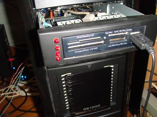 HDDアクセス用LED