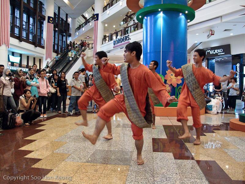 Borneo Dance @ Berjaya Times Square, KL, Malaysia