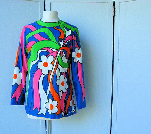 mod 1960s Vera Neumann daisy tunic