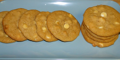 Macadamia nut cookies white chocolate