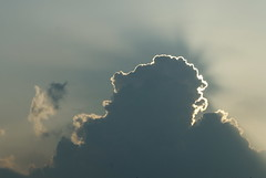 Every cloud.. (Mamanon) Tags: zon wolkenlucht goudenrandje toenredenweweerhoor