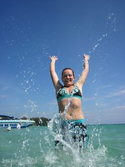 Lizzy jumps for joy at Sai Kaew beach, Ko Samet