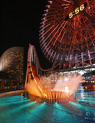 Yokohama Cosmo World (Spice  Trying to Catch Up!) Tags: camera travel light shadow people urban color reflection art clock water pool japan night canon geotagged photography eos photo interesting asia flickr ride image time picture vivid blogger fisheye livejournal explore photograph collections  5d rollercoaster yokohama splash vox  minatomirai   attraction gettyimages pleasureland    multiply intercontinentalhotel        twitter  iamge  ferrizwheel colorphotoaward  canoneos5dmarkii  twitpic