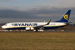 EI-EBI - 37527 - Ryanair - Boeing 737-8AS - Luton - 100105 - Steven Gray - IMG_6016