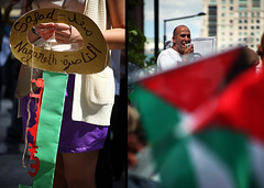 (-Antoine-) Tags: canada 1948 canon eos diptych key montréal mark montreal palestine may right demonstration mai ii québec return 5d 75300mm diptyque 2009 clef antoine manifestation palestinians clé markii retour commemoration palestinian rouleau cle droit mark2 nakba f456 alnaqba 75300mmf456 palestinien alnakba canonef75300mmf456 normanbethunesquare naqba palestiniens canoneos5dmarkii 5dmarkii 5dmark2 canon5dmarkii eos5dmarkii ©antoinerouleau