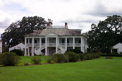 Evergreen Plantation, Louisiana (Onasill ~ Bill Badzo) Tags: world travel usa house cane architecture stairs america river mississippi french la us louisiana south deep delta tourist historic sugar southern evergreen plantation wallace historical tours antebellum attraction creole riverroad sugarcane historicplaces nrhp nationalregester onasill