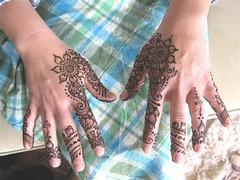 IMG_7643.JPG (HennaLounge) Tags: birthday india feet oakland hands gulf petaluma henna mehndi khalijee