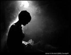 dancer in the dark - monochrome [#58] (kunstgriff) Tags: light party bw monochrome fog backlight licht topf75 nebel dancer tanz festivity gegenlicht feier damncool goldenratio tnzerin monochromeaward platinumpeaceaward obramaestra kunstgriffeawards