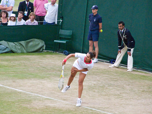 Sania Mirza Serves