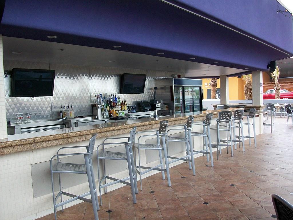 Roof Top Patio Bar