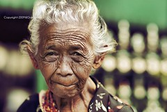Wrinkles should merely indicate where smiles have been (diankarl (www.diankarlina.com)) Tags: old portrait people woman senior indonesia java southeastasia faces candid elder aged yogyakarta aging wrinkled diankarl diankarlina  wwwdiankarlinacom