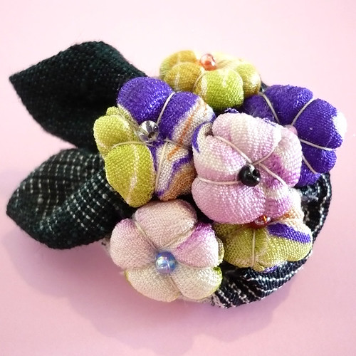 Kyo-yuzen KIMONO fabric brooch 21-02