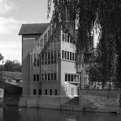 "Jerwood library, Cambridge • <a style=""font-size:0.8em;"" href=""https://www.flickr.com/photos/87605699@N00/3866547121/"" target=""_blank"">View on Flickr</a>"