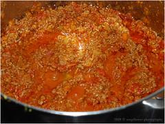 Rag alla Bolognese (Soupflower's Blog) Tags: urban cooking sauce olive pasta onions oil tomatos celery tomaten pancetta bolognese nutmeg nudeln ragu zwiebeln muskat hackfleisch olivenl sellerie stangensellerie soupflower wwwsoupflowercomblog soupflowersblog kochblog