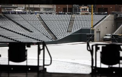 Extra snow  off-day alters Rox, Phils' options 4000436995_eea9301bf3_o