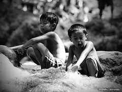 Mga bata sa Tanay (Inkblots) Tags: portrait people child monologues filipinochild dingfuellos thefilipinochild