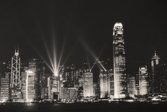 Hong Kong by Night before Chanthu (Vietnam_Pictures: Nicolephocen) Tags: china blackandwhite paisajes art festival skyline wonderful landscape asian hongkong bay landscapes photo amazing fantastic asia southeastasia flickr cityscape nightshot image noiretblanc picture paisaje skyscrappers vietnam asie 1001nights paysage trung hue paysages impressive chine indochine blackdiamond baie quoc marvellous fantastique vitnam merveilleux impressionnant hu chanthu flickrestrellas pentaxk200d nicolephoceen nicolephoceenflickrpicturesphotosvietnamvitnamphotographiephotographimages picturesflickrvietnamvitnamtourismetourismawesomedulich vietnamvietnamesevietnamitahanoihcmcdananghoiansaigon asiatiqueindochineindochinaimpressive