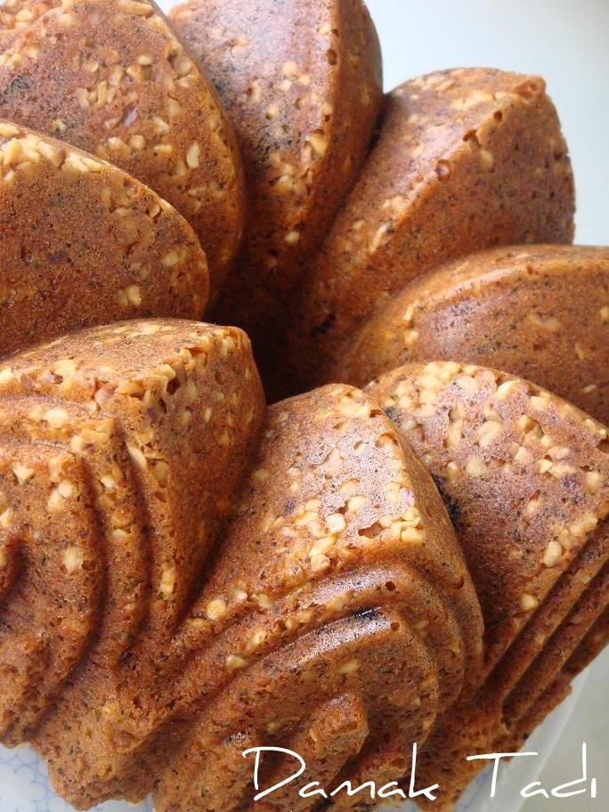Haşhaşlı-Portakallı-Çikolatalı Kek