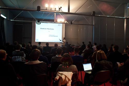 Matteo Brunati - Data Web Marketing - Chi conosce il Cluetrain Manifesto? - Concessione di Mentis srl