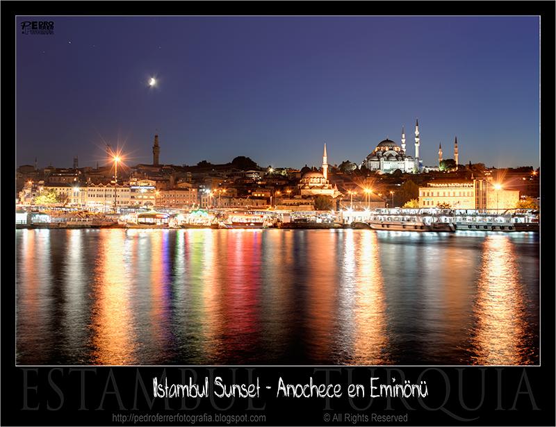 Anochece en Eminönü - Istanbul Sunset over Golden Horn