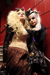 Deadly Doll and Azadeh (siberfi) Tags: portrait london fashion club couple couples clubbing wm sp victoriana wearableart kingscross ck p1 steampunk neovictorian lascala alltheworldsastage whitemischief deadlydoll journeytothecentreoftheearth azadehbrown