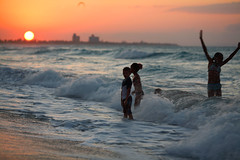 playing on Varadero beach (Maine Surfer) Tags: ocean sunset playing beach children waves cuba atlantic varadero libre     abigfave  ultimateshot theunforgettablepictures platinumheartaward   bestofmywinners