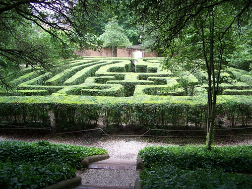 Maze at the mansion