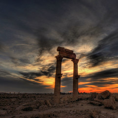 Syria - Palmyra -  sunrise 5:00 a.m. (rinogas) Tags: old city travel light color history tourism archaeology sunrise landscape outdoors temple photography ancient nikon ruins nuvole view image alba citadel capital columns ruin scenic middleeast cities location east temples arabia syria d200 middle exploration past archaeological civilizations palmyra sites siria the magiclight nikkor1224dx aplusphoto flickrestrellas hdraward rinogas exquisitesunsets